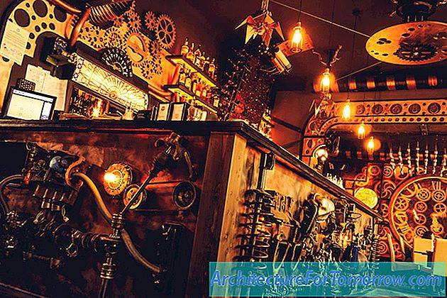 Enigma Steampunk Cafe in Roemenië Laat Kinetic Energy los